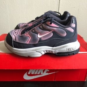 💕 Little air max plus girls sneakers size 9c